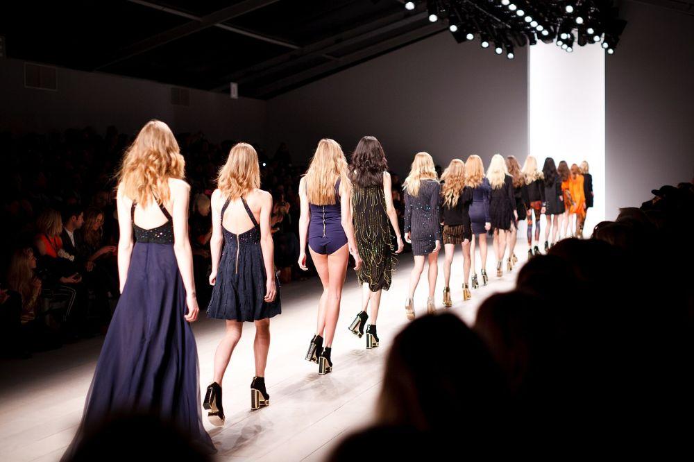 Online shoppen dameskledij