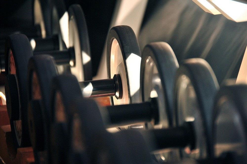 Hoe je met drukwerk opvallend kan adverteren bij sportaccommodatie